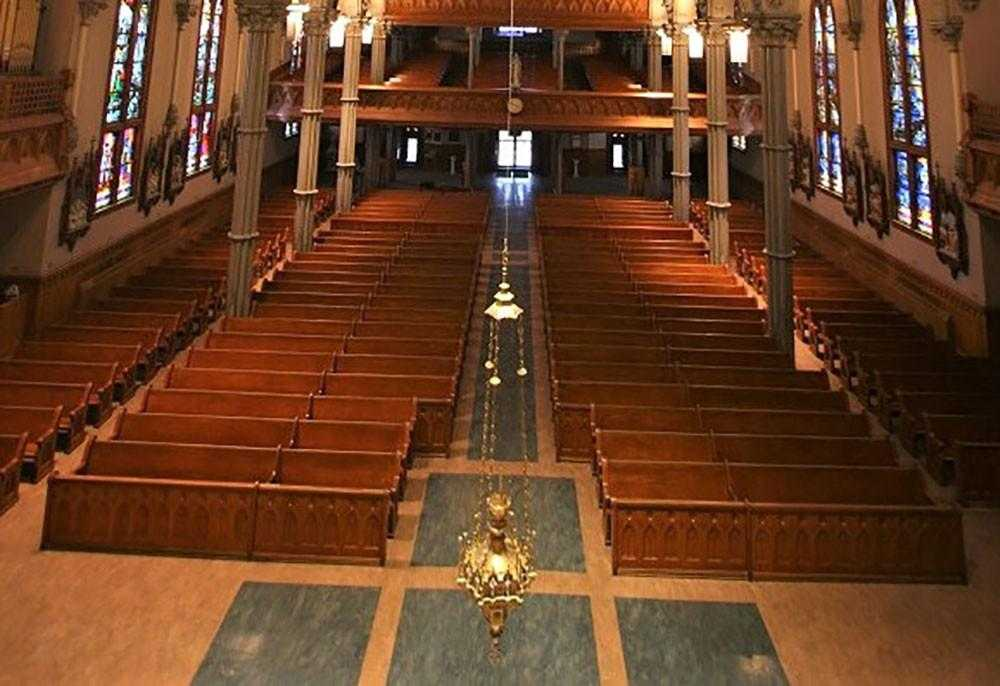 Church Pew Restoration - New York, Rhode Island
